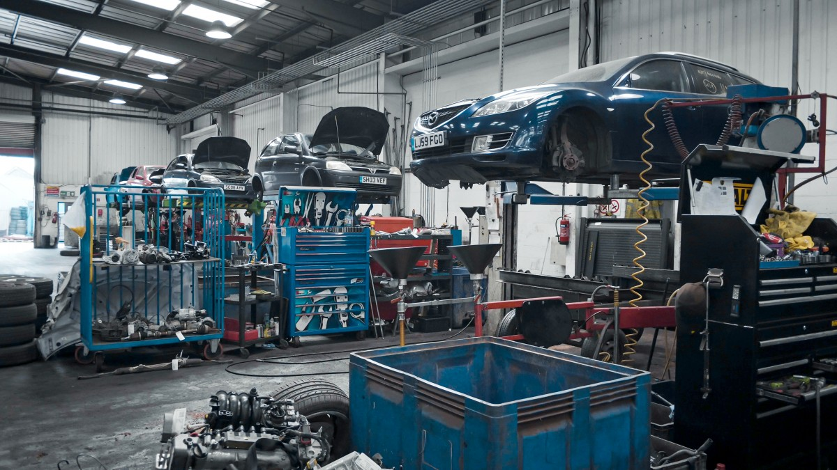ASM's vehicle dismantling workshop